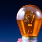 Ampoule Orange - Objets du Quotidien
